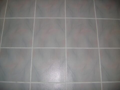 image of clean tile for sonshine carpet cleaning